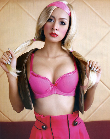 Mai Sukhontava as a blonde
