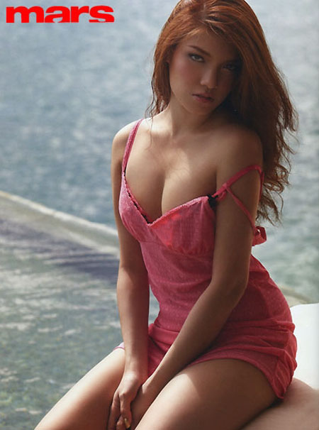Thai hot model Natt Evitra