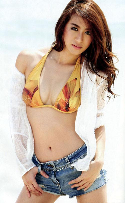Sexy Thai VJ named Ja