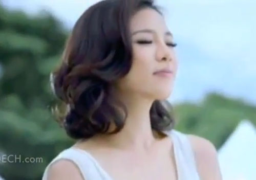 Cris Horwang Lays commercial