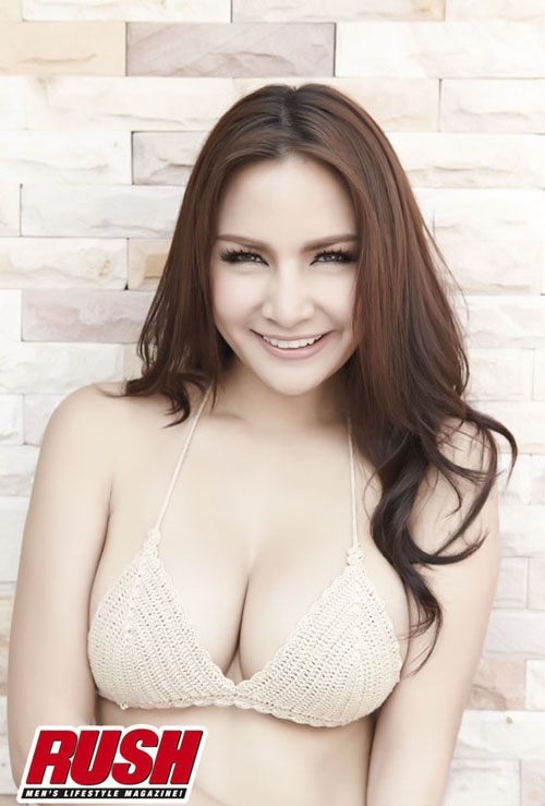 Busty Thai model Kratae