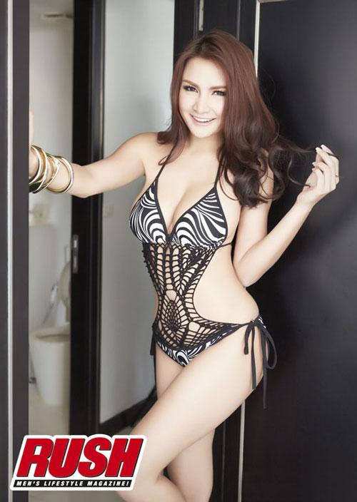Thai bikini model Kratae Supaksorn
