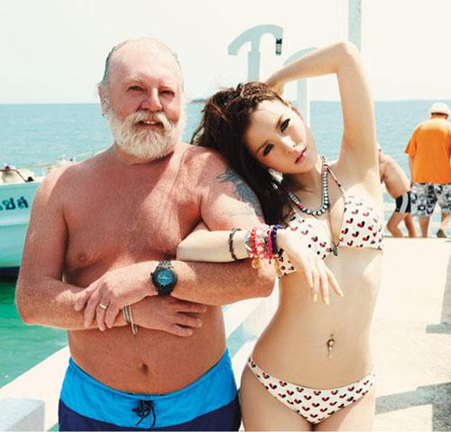 Sexy Thai singer Lydia